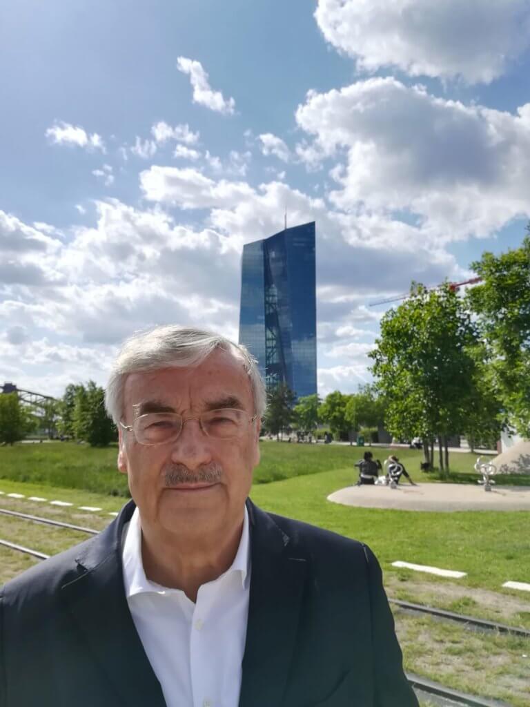 dr-Peter-Gloystein